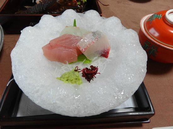 Yumotokan New Hamajima: 鯛 赤身 寒八