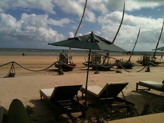 Orixás Art Hotel: Restaurante com vista para o mar
