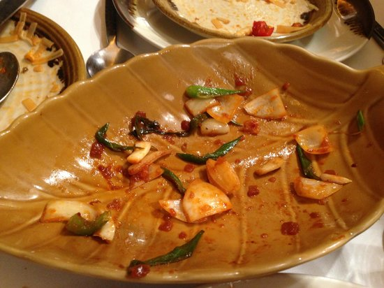 Salathai : cipolla avanzata dal pollo fritto