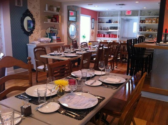 Casabe 305 Bistro will make you feel at home