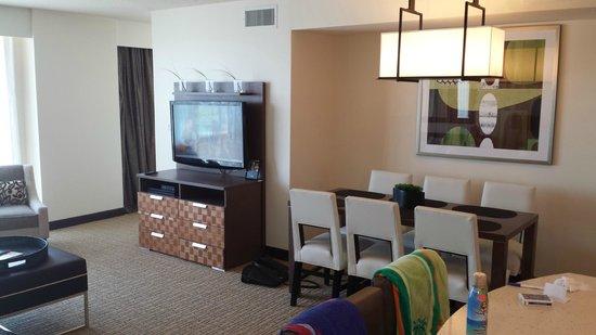 One Bdrom Suite Oceanfront - Picture of Oceanaire Resort