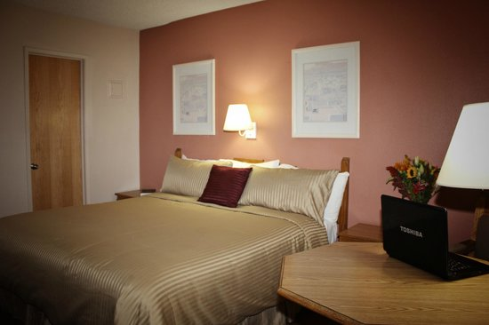 Hospitality Suite Resort: Studio Suite - King Bed