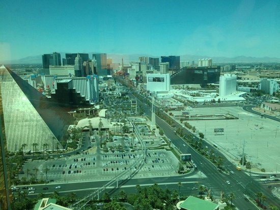 Four Seasons Hotel Las Vegas: View from the room