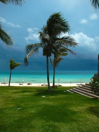 The Cove Eleuthera: The stormy Bahamas