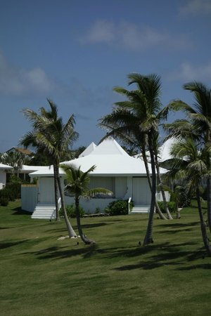 The Cove Eleuthera: More grounds