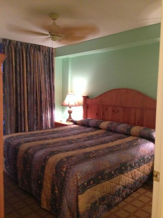 Lovers Key Resort : bedroom