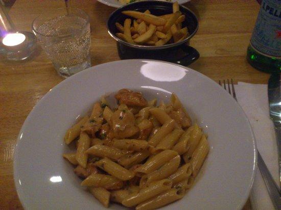 Cibo e Vino: pollo chicken pasta, amazing!!