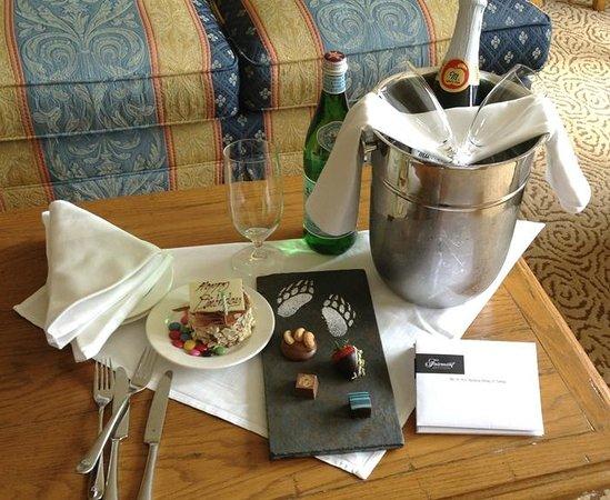 Fairmont Chateau Whistler Resort: Fairmont Team Birthday Welcome