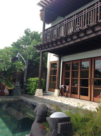 Shangri-La's Boracay Resort & Spa: Loft Villa