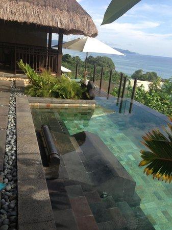 Shangri-La's Boracay Resort & Spa: Loft Villa pool area