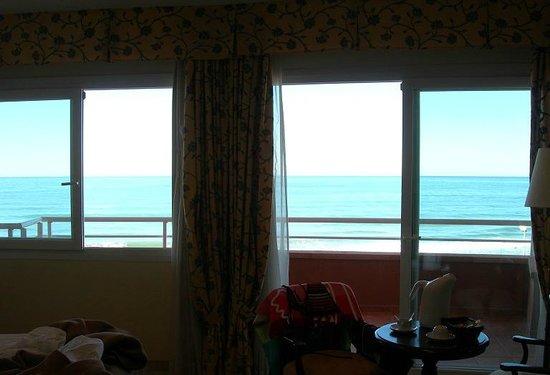 Sunway Playa Golf Hotel & Spa Sitges: Vue de la chambre