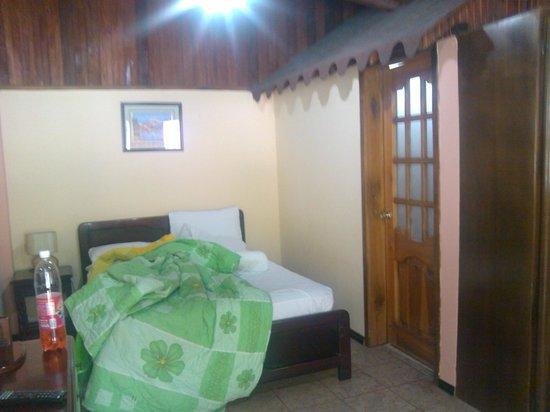 Hotel Monte Selva: La Habitación Matrimonial con baño privado.
