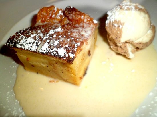 Petit Paris : Bread & butter pudding, coffee ice cream