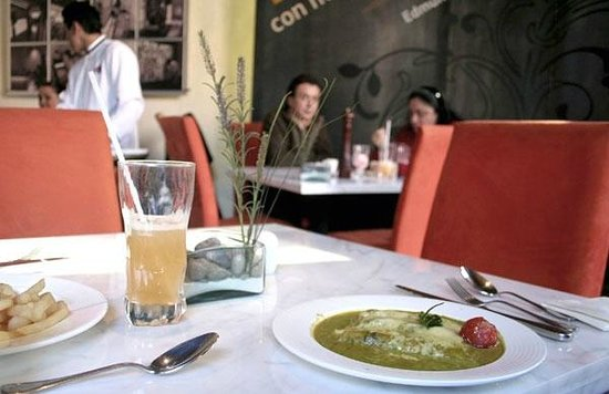 Cafeteria Bistro Club