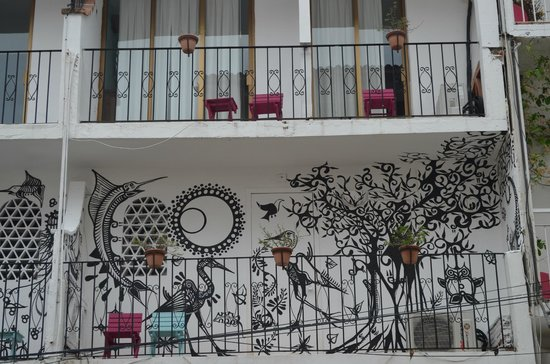 Catedral Vallarta Boutique Hotel: Room Balconies Wall Murals
