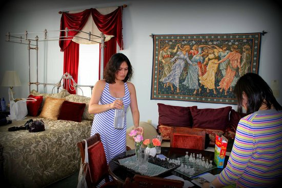 Lakeport English Inn : Elizabeth I Room