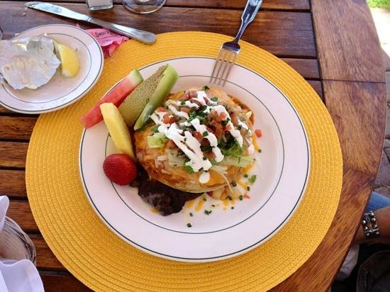 Shoals Restaurant at The Cliff House Inn : Huevos Rancheros - ole!