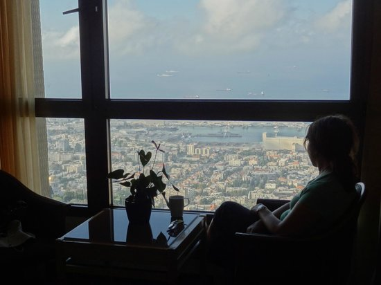 Dan Panorama Haifa : A room with a view...