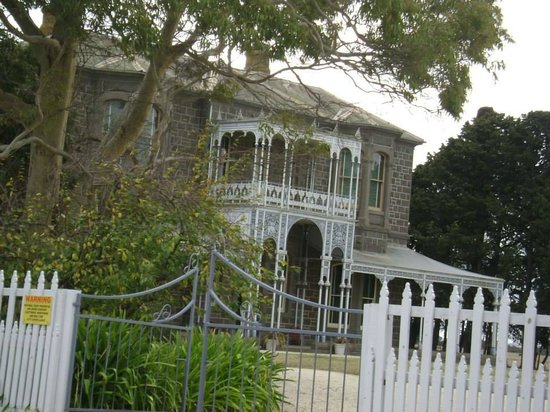 Barwon Park: Gorgeous entry up a lovely long drive
