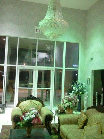 Super 8 Amarillo West: Lobby