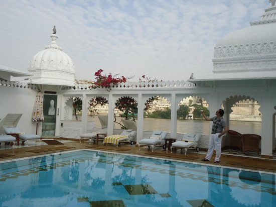 Taj Lake Palace Udaipur: Great pool