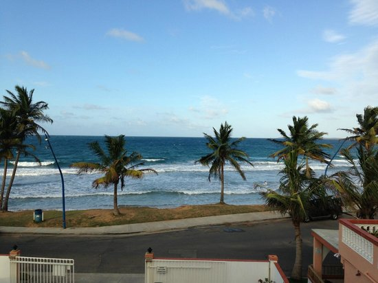 Luquillo Sunrise Beach Inn: View from third floor balcony