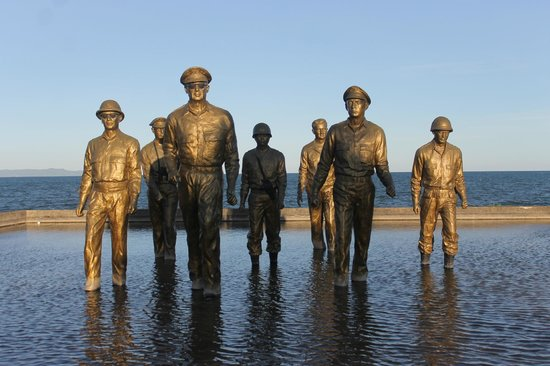 Leyte Island, Philippines: Leyte Landing Memorial (MacArthur Park)