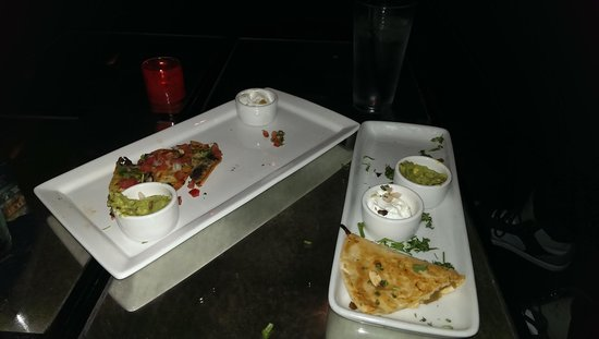 iPic Theater: happy hour apps were really good
