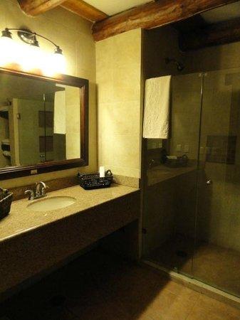 Hotel Quinta Misión: Bathroom