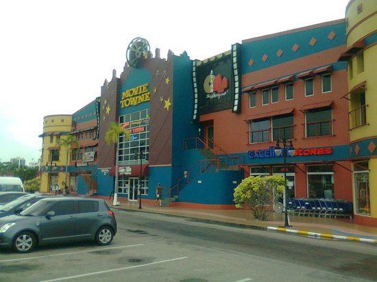 A couple of stores and restaurants at Movie Towne