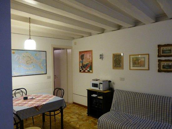 Sarasina: Dining area