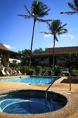 Sunny Maui Condos: Complex