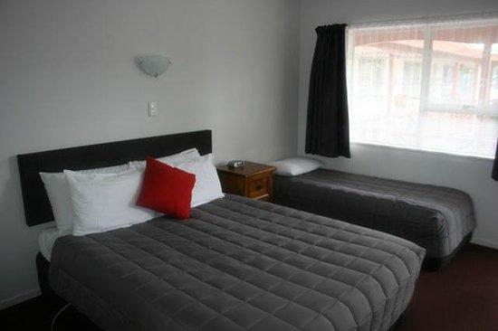 Burgundy Rose Motel : Studio