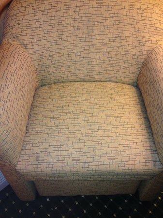 Sleep Inn: stained chairs