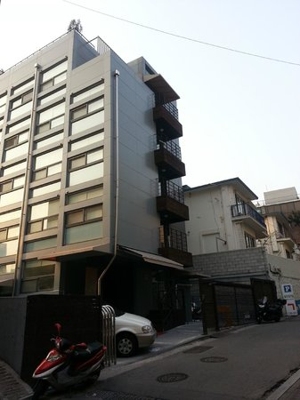 Namsan Guesthouse 2: Building