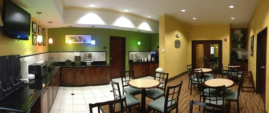 Sleep Inn & Suites: Breakfast Area