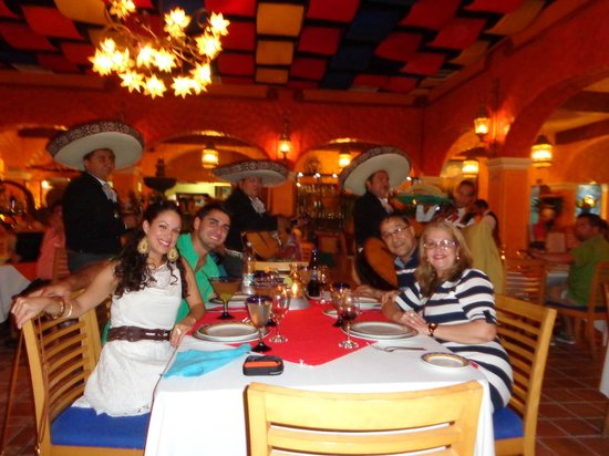 hacienda el mortero dinner in cancun with the family