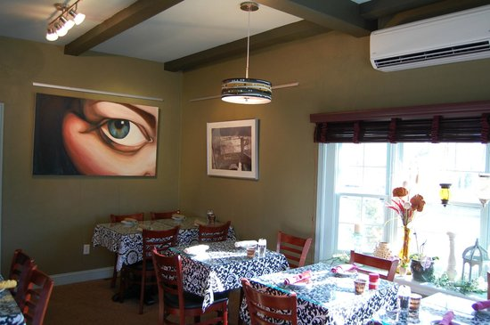 Tastebuds: Another View Of Our Dinning Area