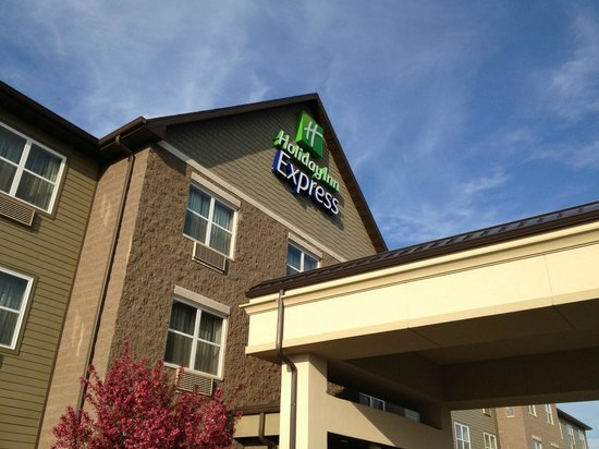 Holiday Inn Express & Suites Green Bay East : Holiday Inn Express Green Bay