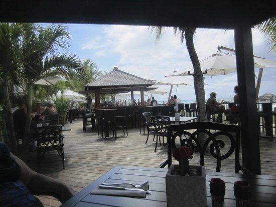 Seven Stars Resort & Spa : Deck restaurant