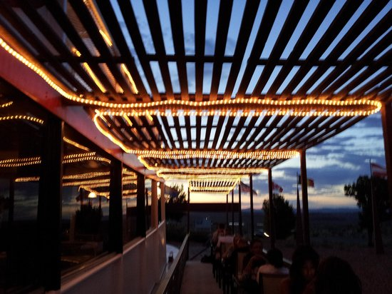 Canyon King Pizzeria: The outdoor seating area