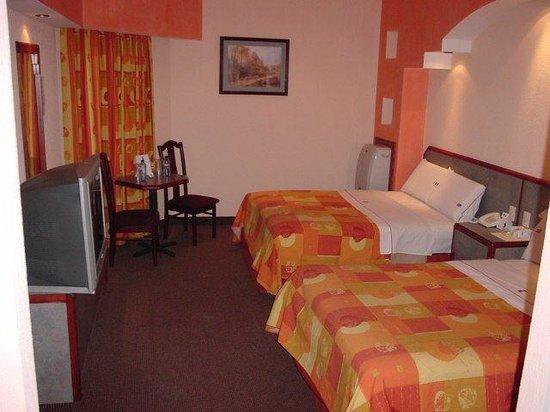 Hotel Principado Tijuana: habitacion doble