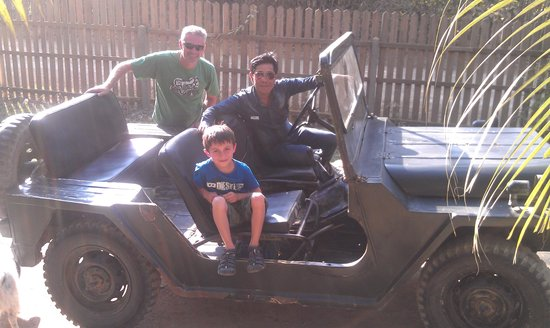 Khoun & Khone Bungalows : With Khoun in his jeep