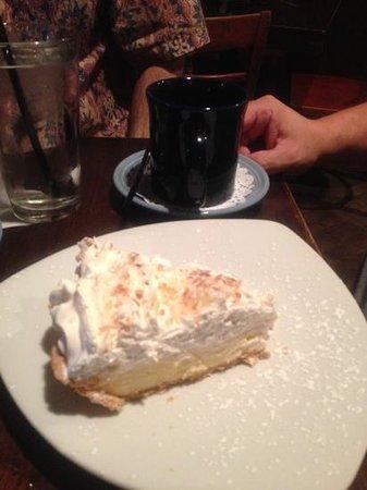 Kaminsky's Most Excellent Cafe : banana cream ...amazing crust