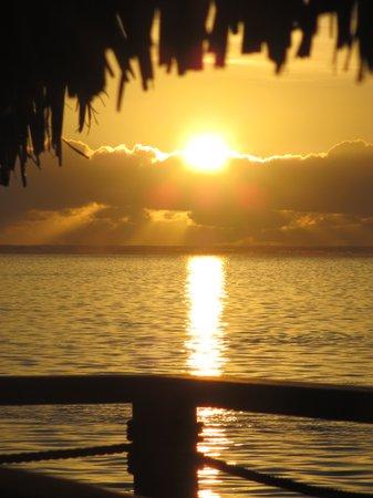 Bora Bora Pearl Beach Resort & Spa: Bora Bora Sunrise