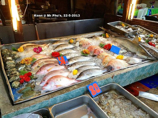 Mr. Phu : frwh seafood selection
