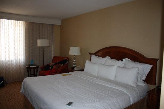 Houston Marriott Medical Center/Museum District: bedroom
