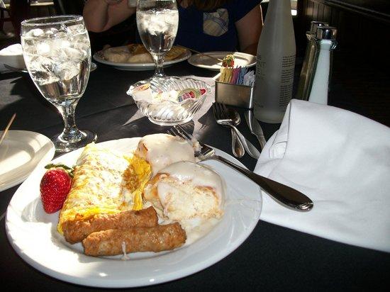 Breakfast at Crystal Dining Room