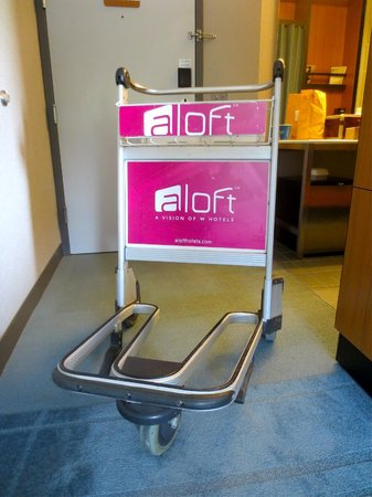 Aloft Las Colinas: Airport carts for luggage!