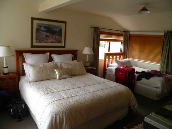 Balmoral Lodge: View of bedroom (without sitting area)